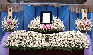 家族葬の花祭壇イメージ